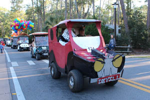 video 1 disneys fort wilderness halloween golf cart parade 2012 including pixar up house tow mater we love disneys fort wilderness halloween golf