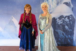 Anna and Elsa from Disney's FROZEN - First Public Meet & Greet Appearance photo 002